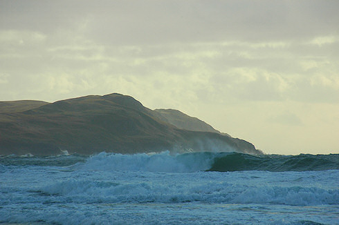 Picture of large waves breaking in Machir Bay, Islay
