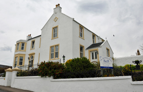 Picture of a large B&B called The Bowmore House